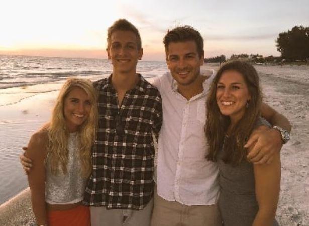 Austin Collinsworth siblings
